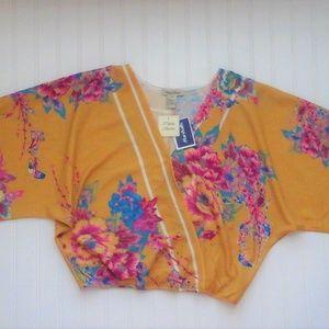 """Kimono Cropped Floral Blouse""""NWT"""""""